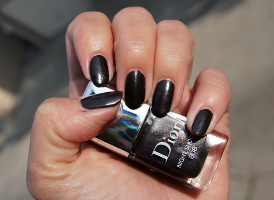 dior-night-shock-gel-nail.jpg