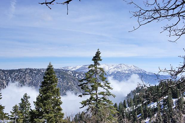 лыжный-курорт-в-калифорнии.jpg