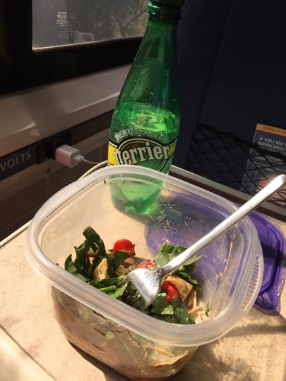 обед в поезде